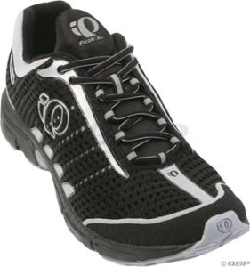 Pearl Izumi Women's Peak XC Running Shoes Black/Silver Pearl Izumi Peak XC Women's Run Shoe 10.5 Black/Silver