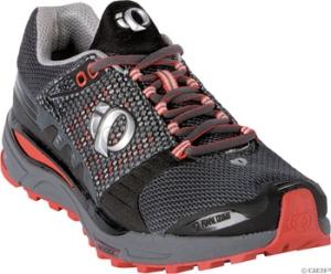 Pearl Izumi Mens ISOSeek Running Shoes Pearl Izumi Mens ISOSeek Run Shoe Gray/Silver 10.5
