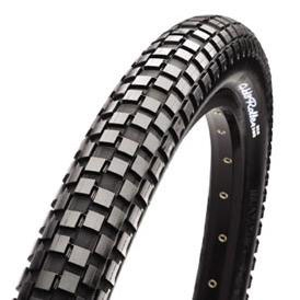 Maxxis Holy Roller 26 x 2.2 Tire Maxxis Holy Roller 26 x 2.2 Tire