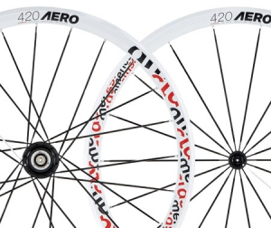 American Classic 420 Road Wheelsets  Shimanosram 910 White