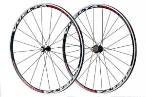 Vuelta Corsa SuperLite Clincher 700c Campagnolo Compatible